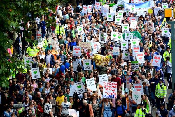 Marchons pour le climat… Et contre le nucléaire!